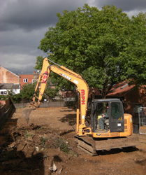Grapes Hill Community Garden - Site clearance continues